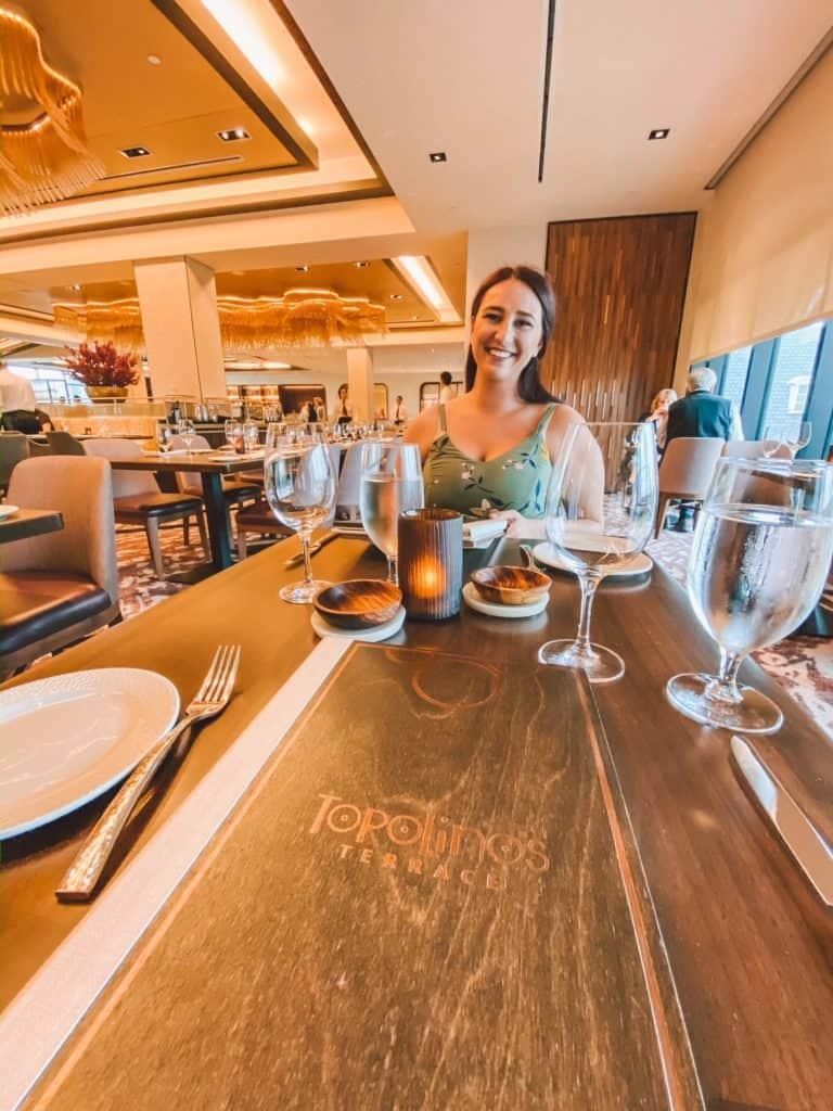 Is Tables In Wonderland Worth It 2021 Urban Tastebud Disney